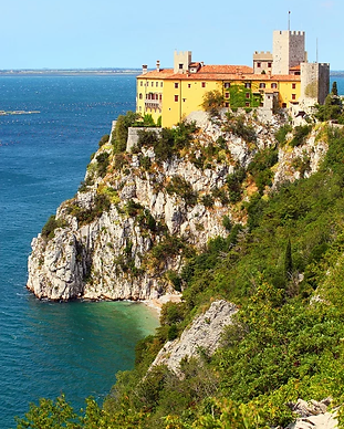 guided tour of the castle of Duino