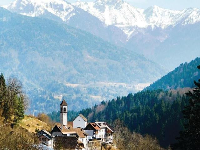Uitzicht over Pesaris