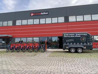 De e-bikes en de aanhangwagen