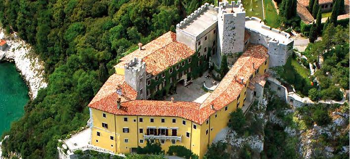 Castello Duino.jpg