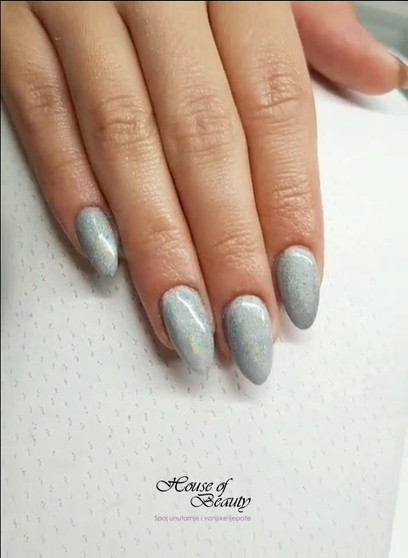 HOB holographic nails 2018