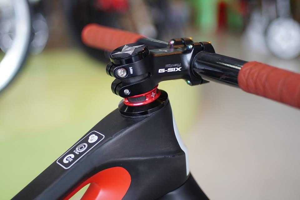Gsix-1.jpg