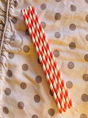 6 cannucce di carta rosso e bianco