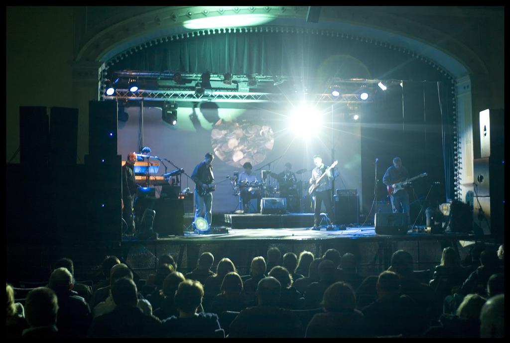 Tour Sound & Light Hire