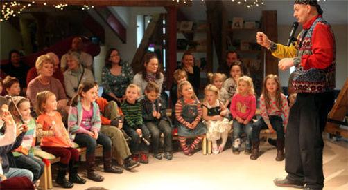 Childrens magic Show Kids Magic Show Nursery Magic Show Sunderland Seaham County Durham Washington South Shields Peterlee