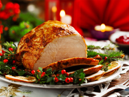 Reserve Your Christmas Meals in Katy: Dine Out or Take Home