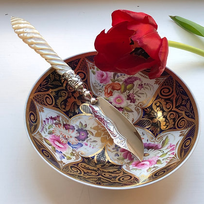 A Antique Sterling Silver And Mother Of Pearl Butter Knife Birmingham 1869.