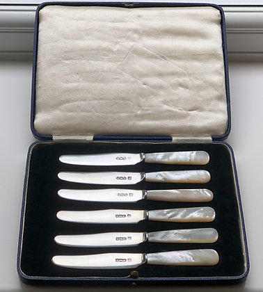 A Set Of Six Silver And Mother Of Pearl Tea Knives.