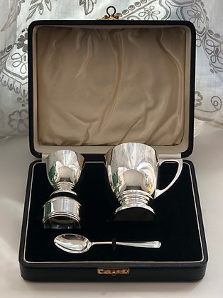 A Art Deco Silver Child's Christening Set Birmingham 1935.