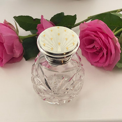 A White And Gold Silver And Enamel Scent Bottle With Gold Fleur-De-Lys Design.