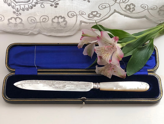 A Silver Plated Mother Of Pearl Cake Knife Circa 1900.