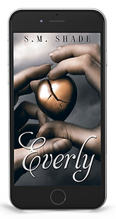 Everly Phone copy.png