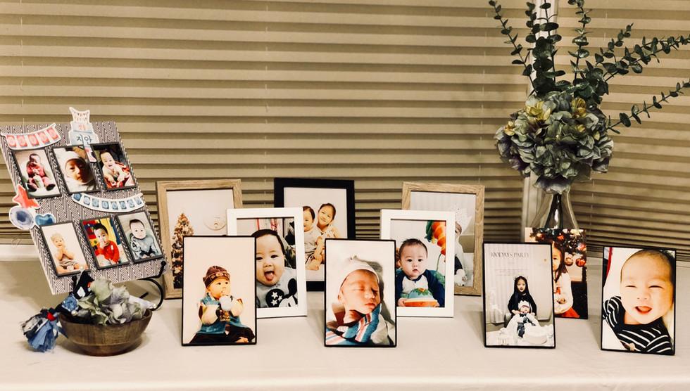 mini photo table