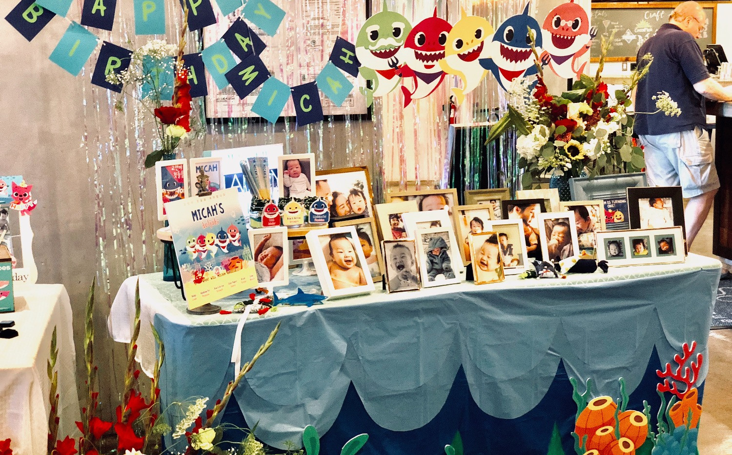 Photo table-Themed design