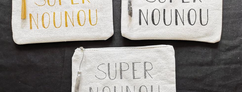 Pochette Super Nounou