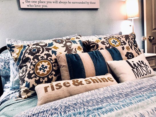 Howe Bedroom 3.jpg