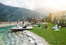 yoga-am-badeteich-gradonna--schultz-grup