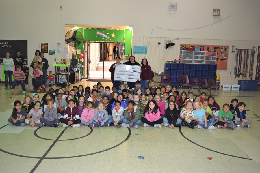 2nd Graders with Check