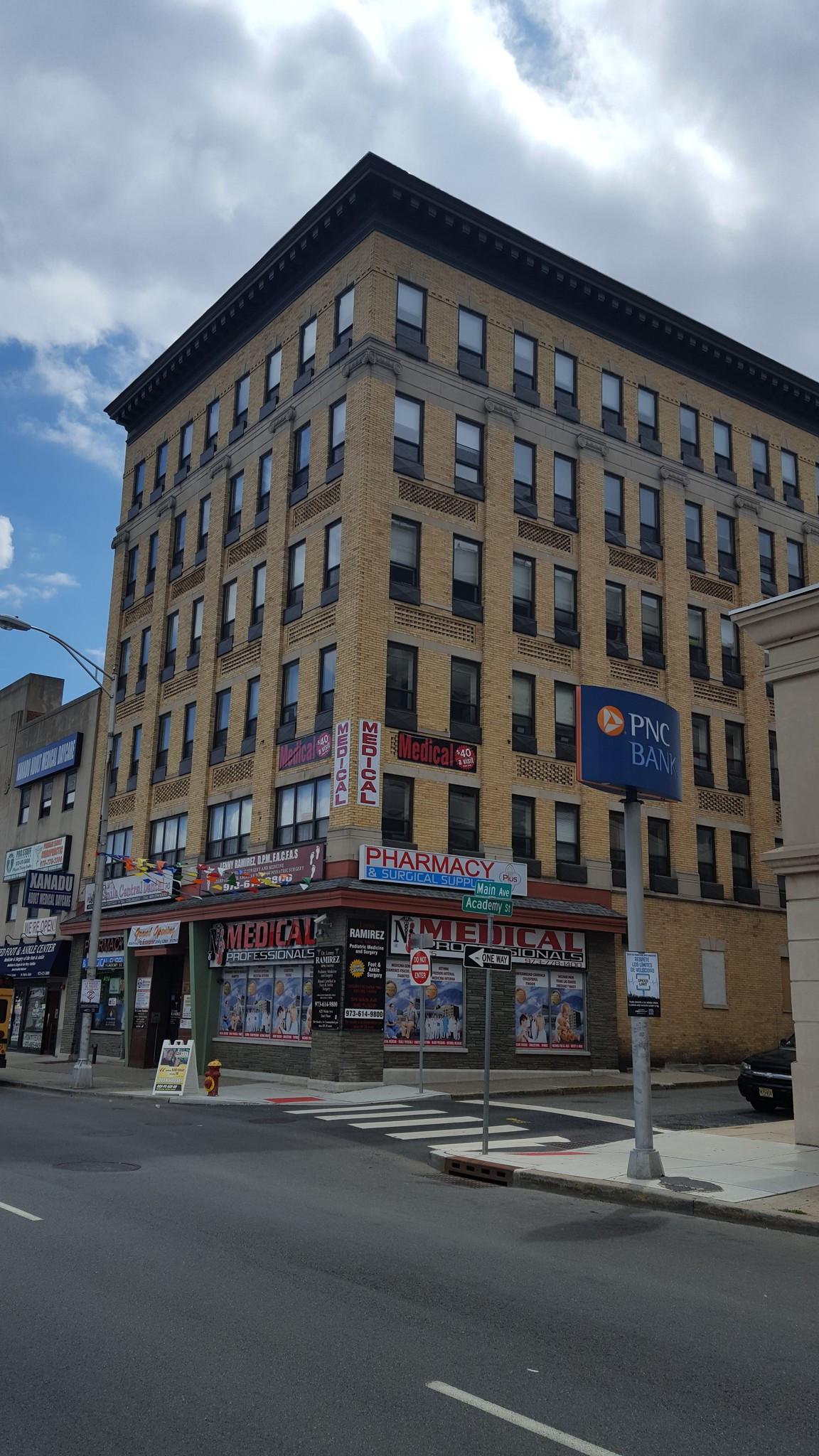 625 Main Ave, Passaic, NJ 07055