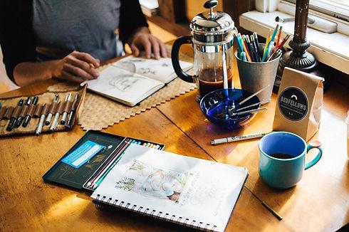 artists-work-desk_800.jpg