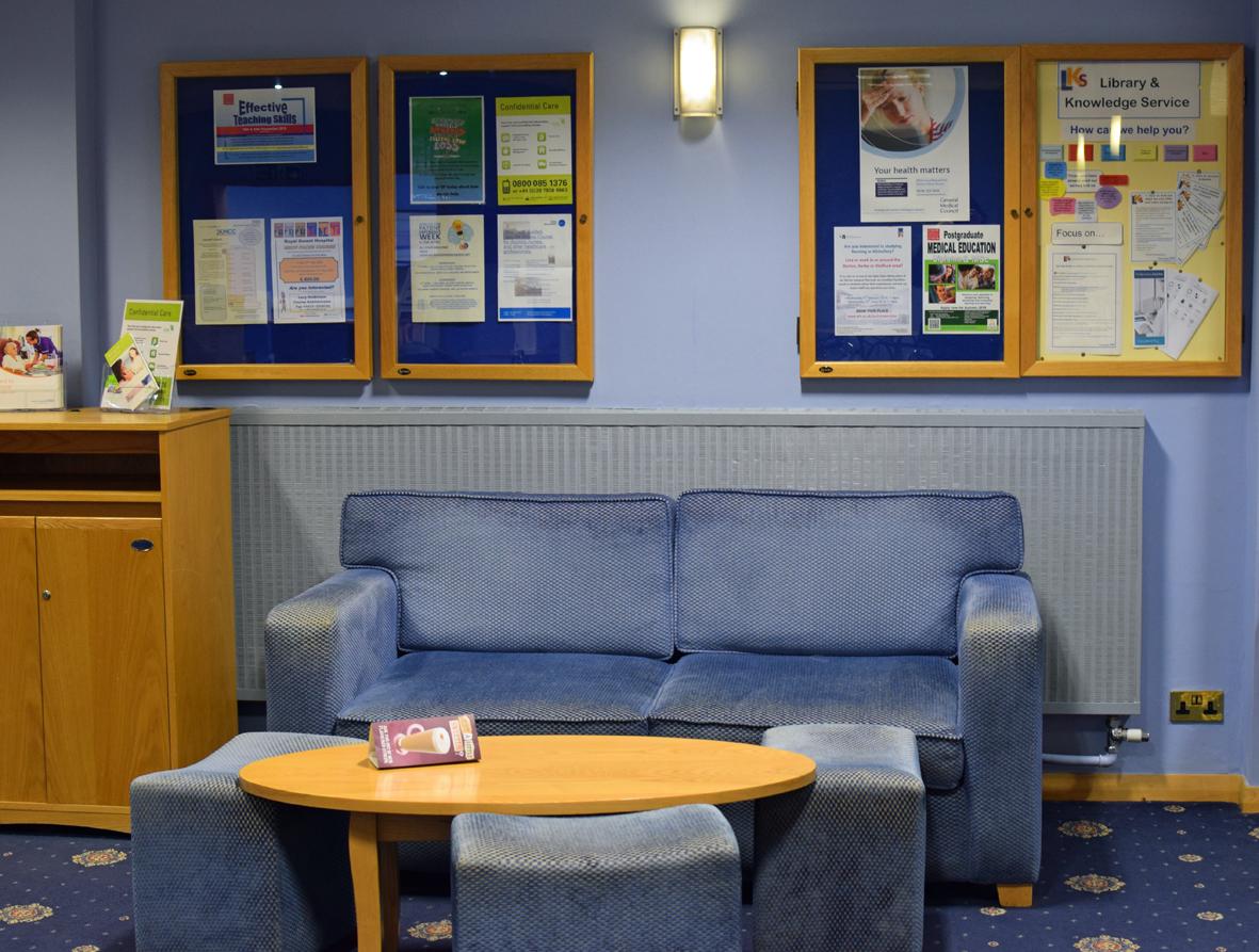 Seating Area - Burton