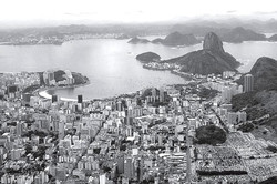 Vista aérea da Baía de Guanabara