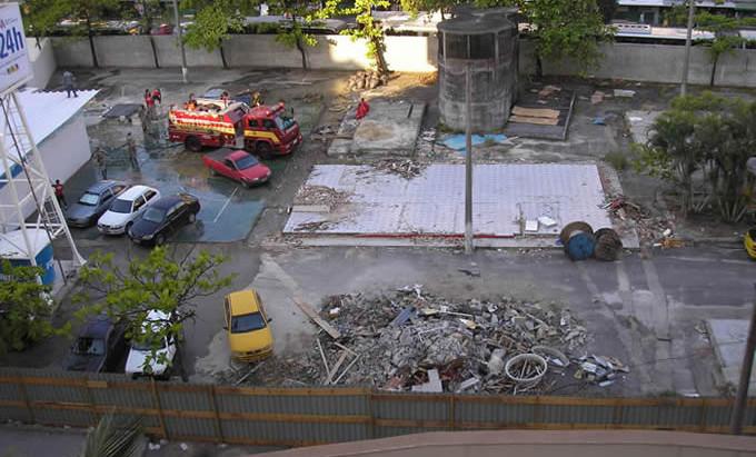 Fotos da construção da UPA na Praça Nelson Mandela
