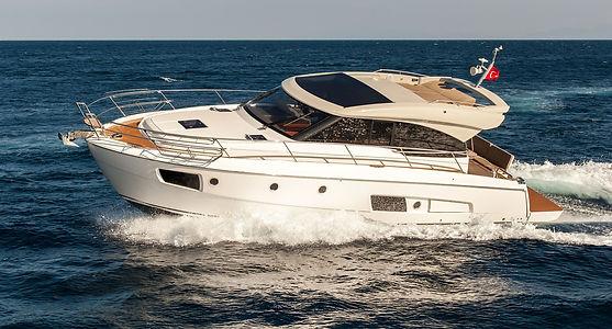 motor-yacht-638390_1920.jpg