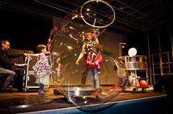 Bühnenshow, Luftblasen