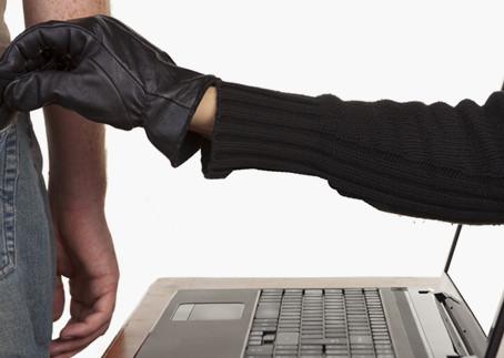 Escroquerie, vol ou cyberfraude en entreprise : pour les victimes, des traumatismes difficiles...