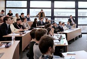 conference ecole outplacement etudiat junior senior formation executive assistance emploi employabilité insertion professionnelle