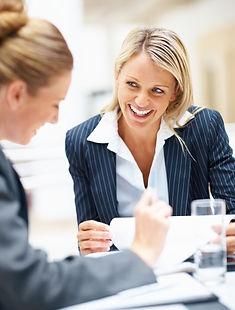 assistance services ressources humaines DRH interim vacation temps partiel recrutement carriere risques psycho-sociaux senior apprenti