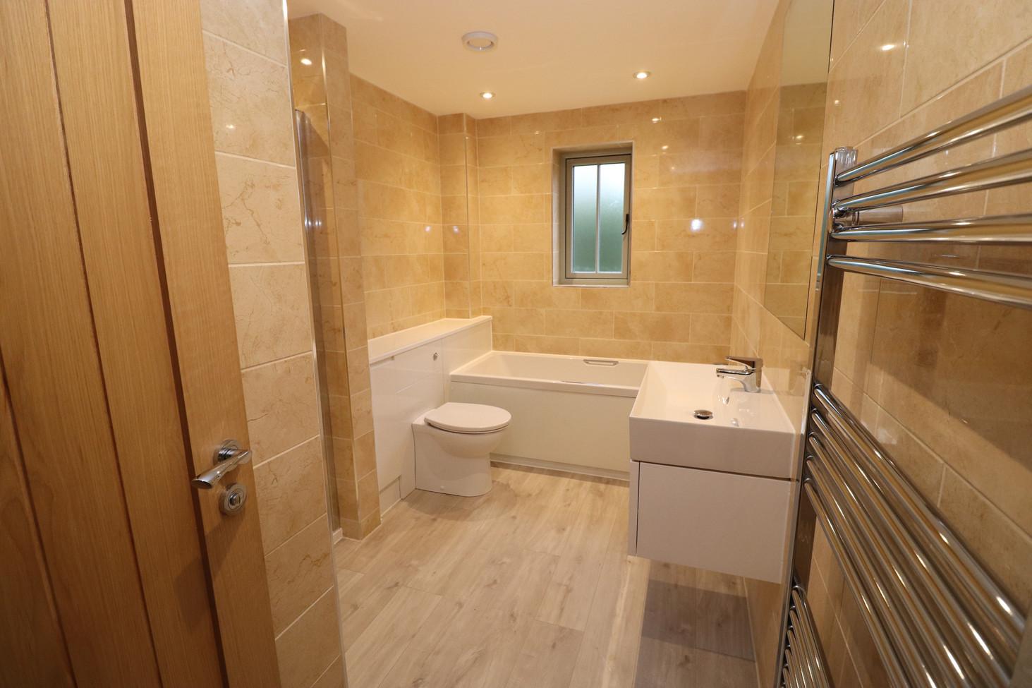 Plot 4 Main bathroom