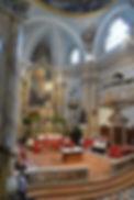 Blick in den Chorraum der Stiftskirche