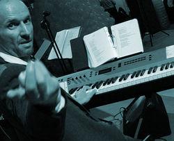 joerg-piano.jpg