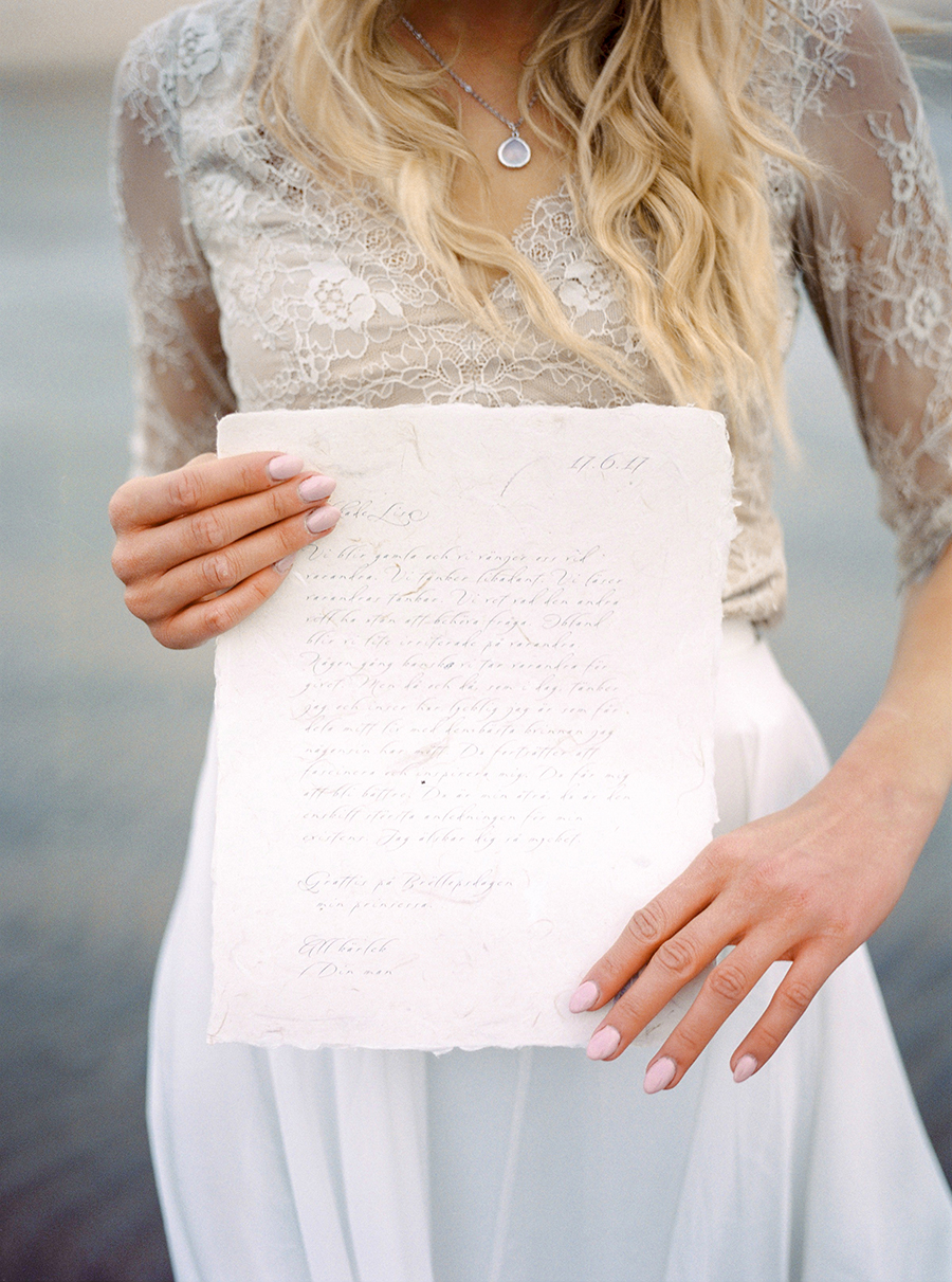 2BridesPhotography_ThoseLovelyDays_WinterBeach_Wedding_075