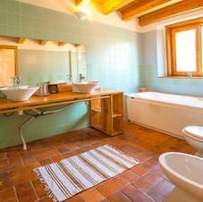 Big House Bathrooms