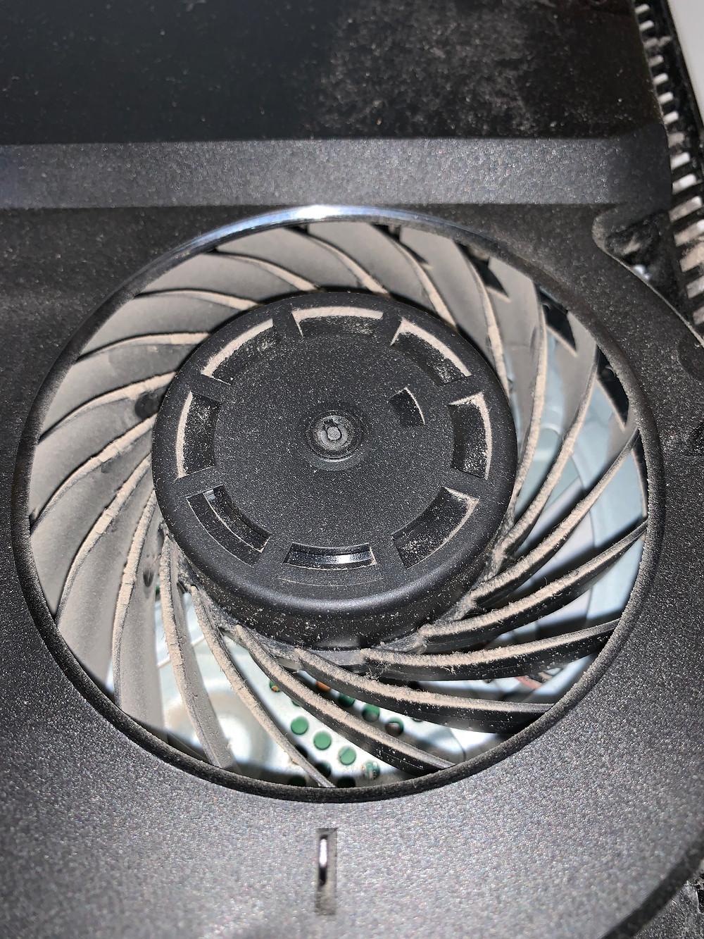PS4 Fan Dirty