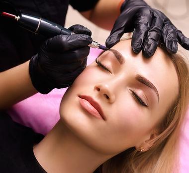 Permanent make up on eyebrows..jpg