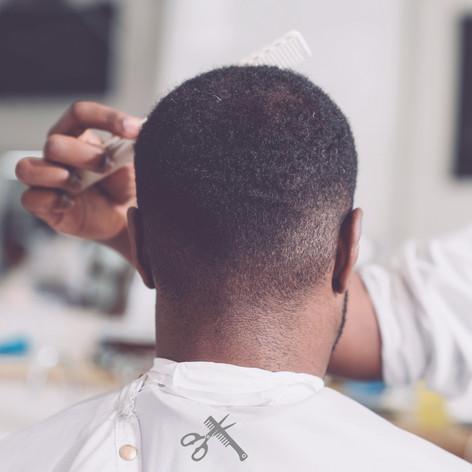 Silk em capa de cabeleireiro
