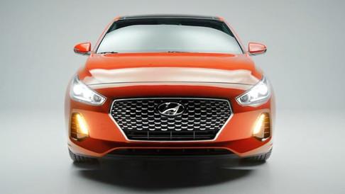 Hyundai Elantra GT: Explore