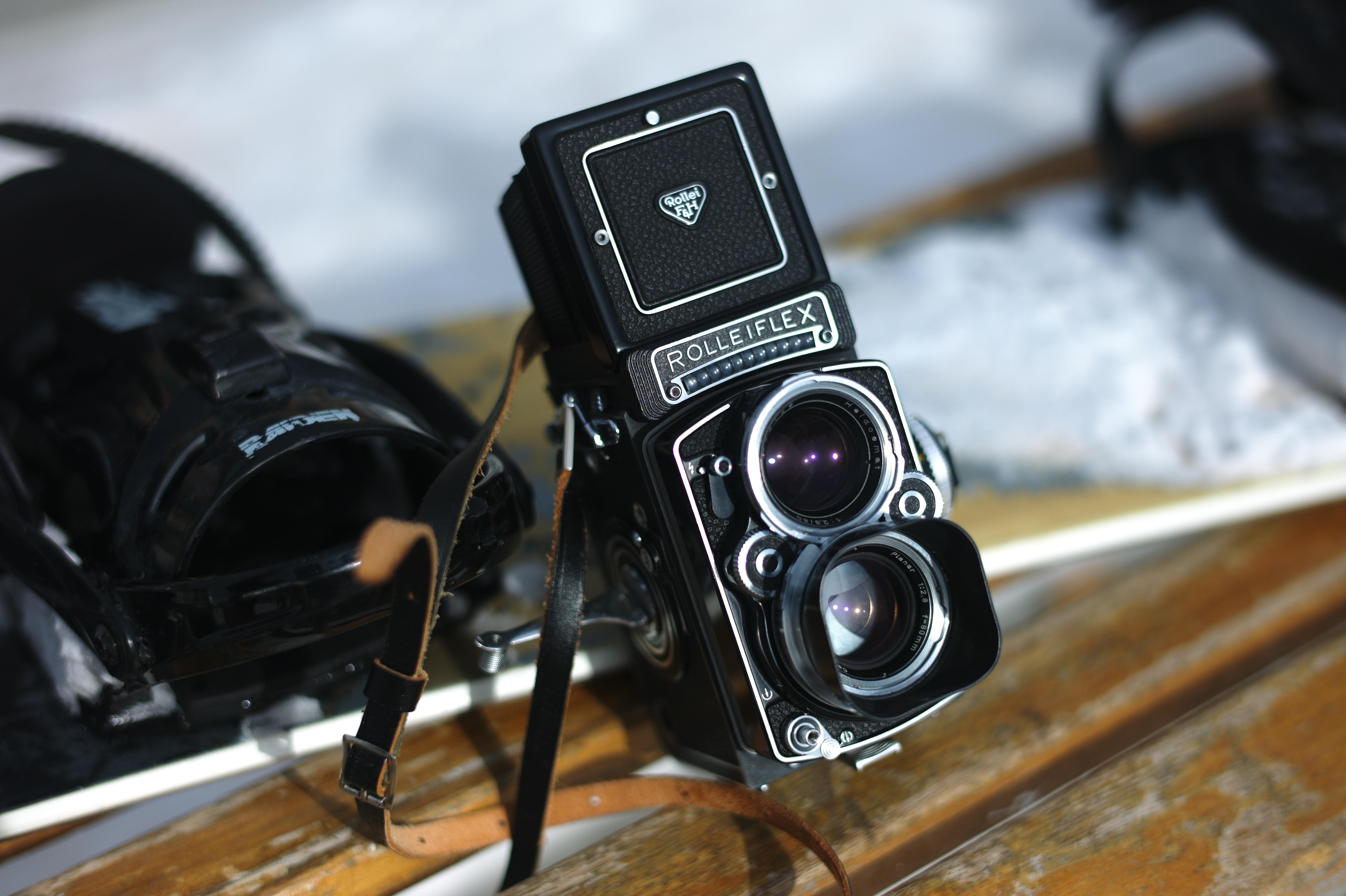 Rolleiflex 2.8F Planar White Face