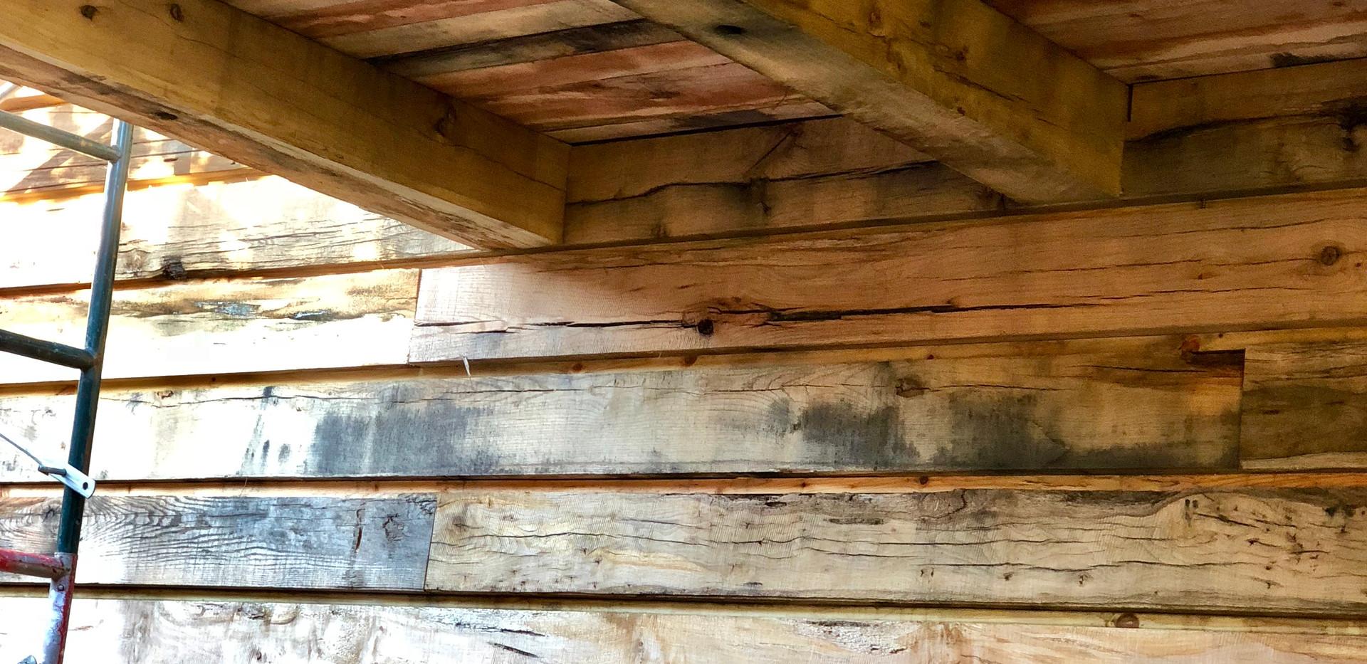 Cabin w/Hickory Flooring