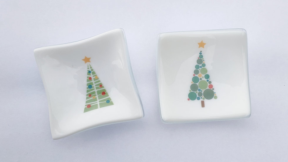 Small Christmas tree dish