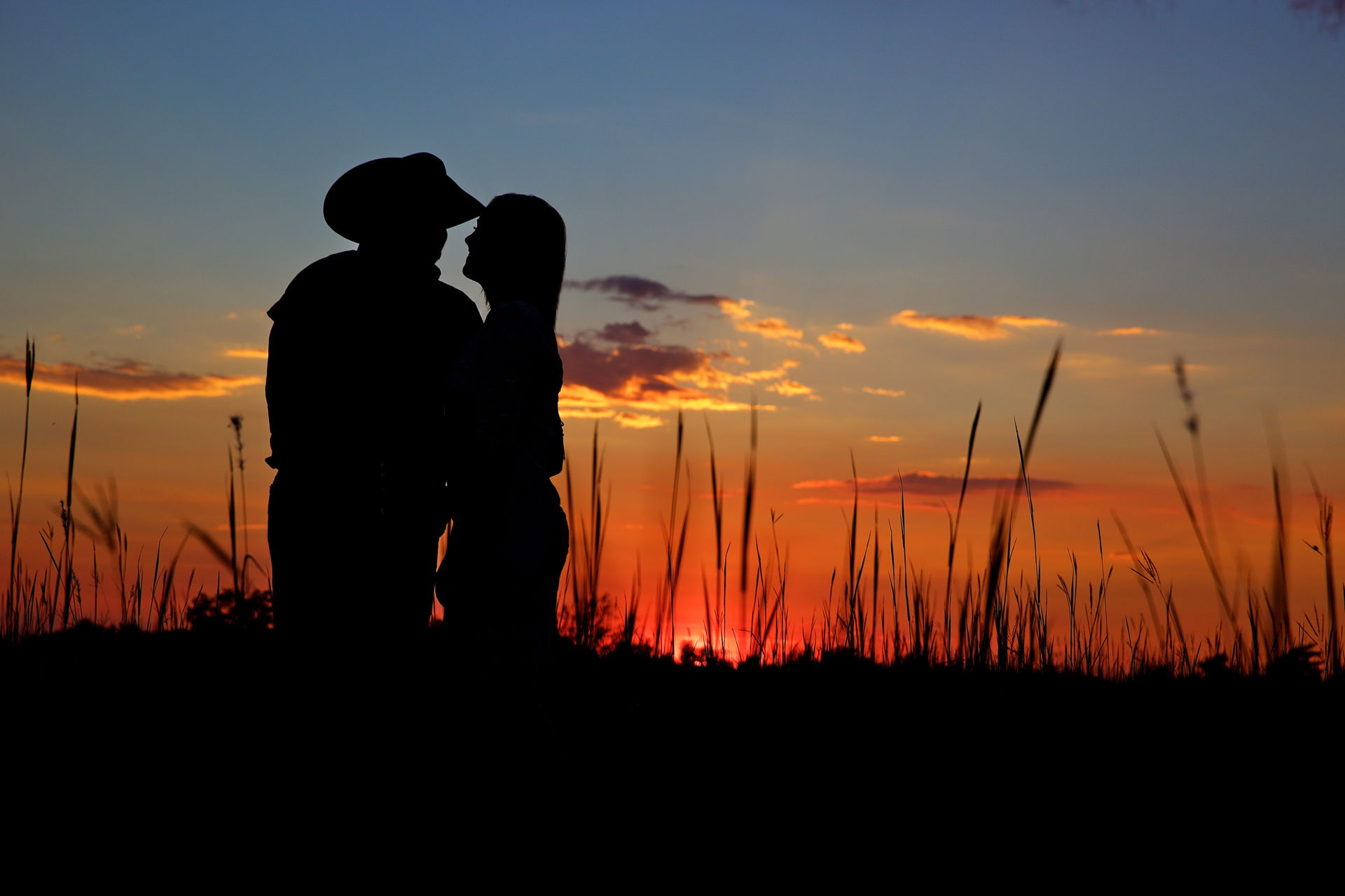 sunset engagement photo's
