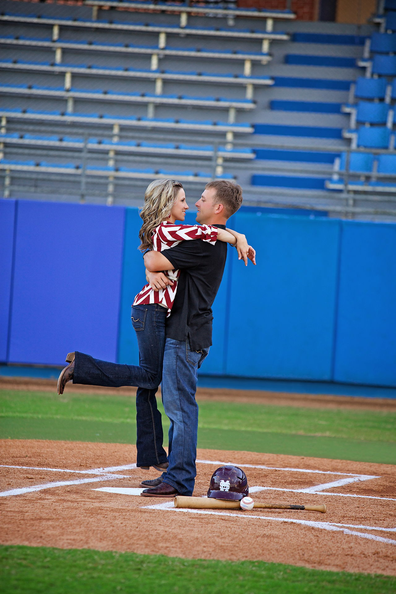 baseball engagement photo's
