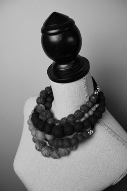 BW Necklace cluster on Dummy