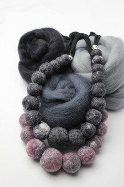 2 felted necklaces marbled display