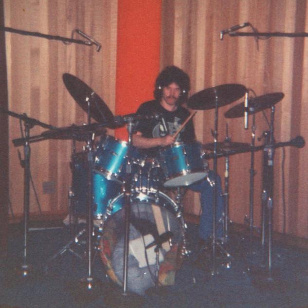 Billy at Kaye Smith Studio 1973.jpg