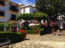 ESTEPONA GIDS | Elegant Homes Marbel